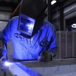 V dělnických profesích mají lidé mzdy srovnatelné s odměnami manažerů